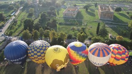 Offerta Festival Internazionale delle Mongolfiere Paestum